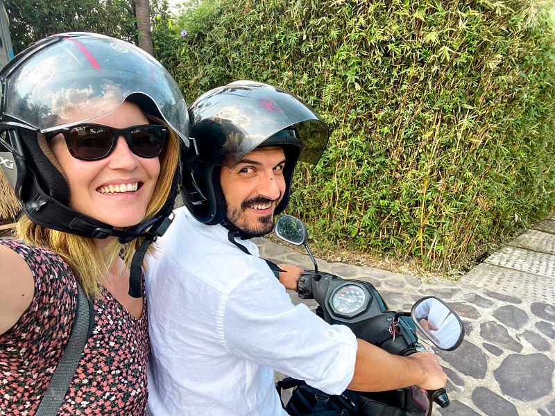 alquilar-conducir-moto-bali-indonesia