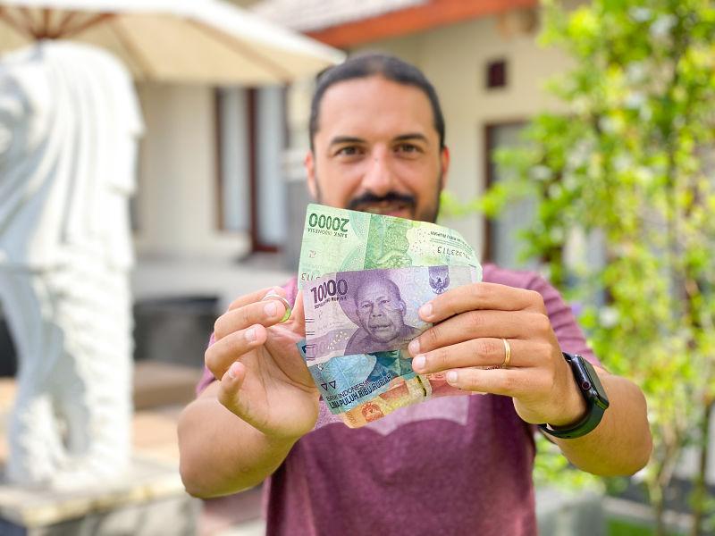 billetes-moneda-indonesia-bali-cambio-euro-2