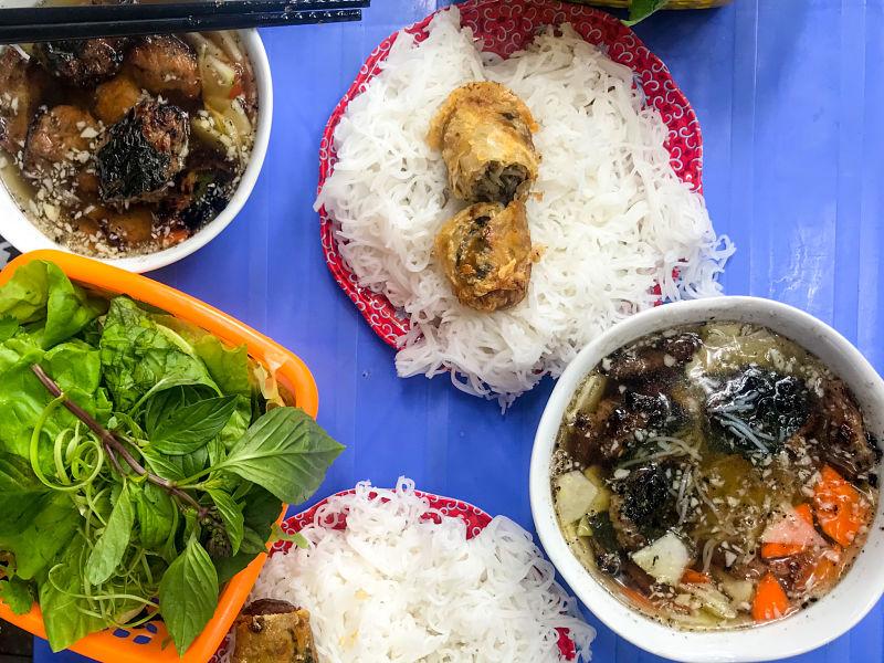 bun-cha-plato-comida-gastronomia-vietnam
