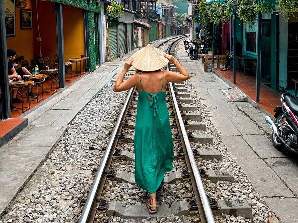 hanoi-calle-tren