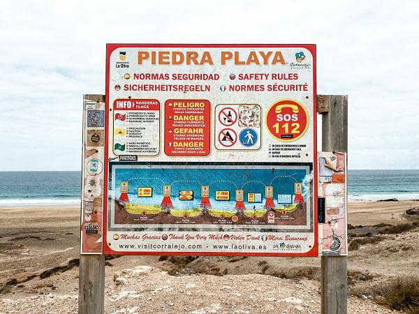 piedra-playa-cotillo-cartel-areas