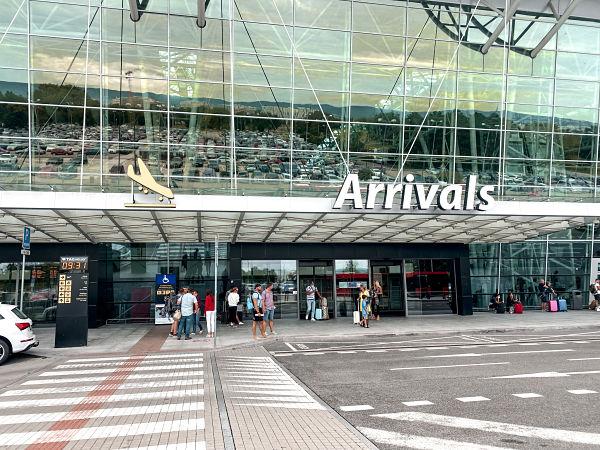 terminal-llegadas-bratislava-aeropuerto