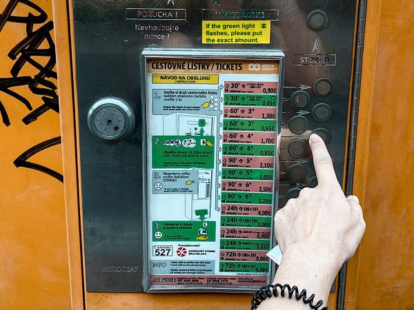 autobus-bratislava-castillo-devin